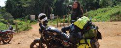 Singură, în Africa. Pe un Harley-Davidson Iron 883