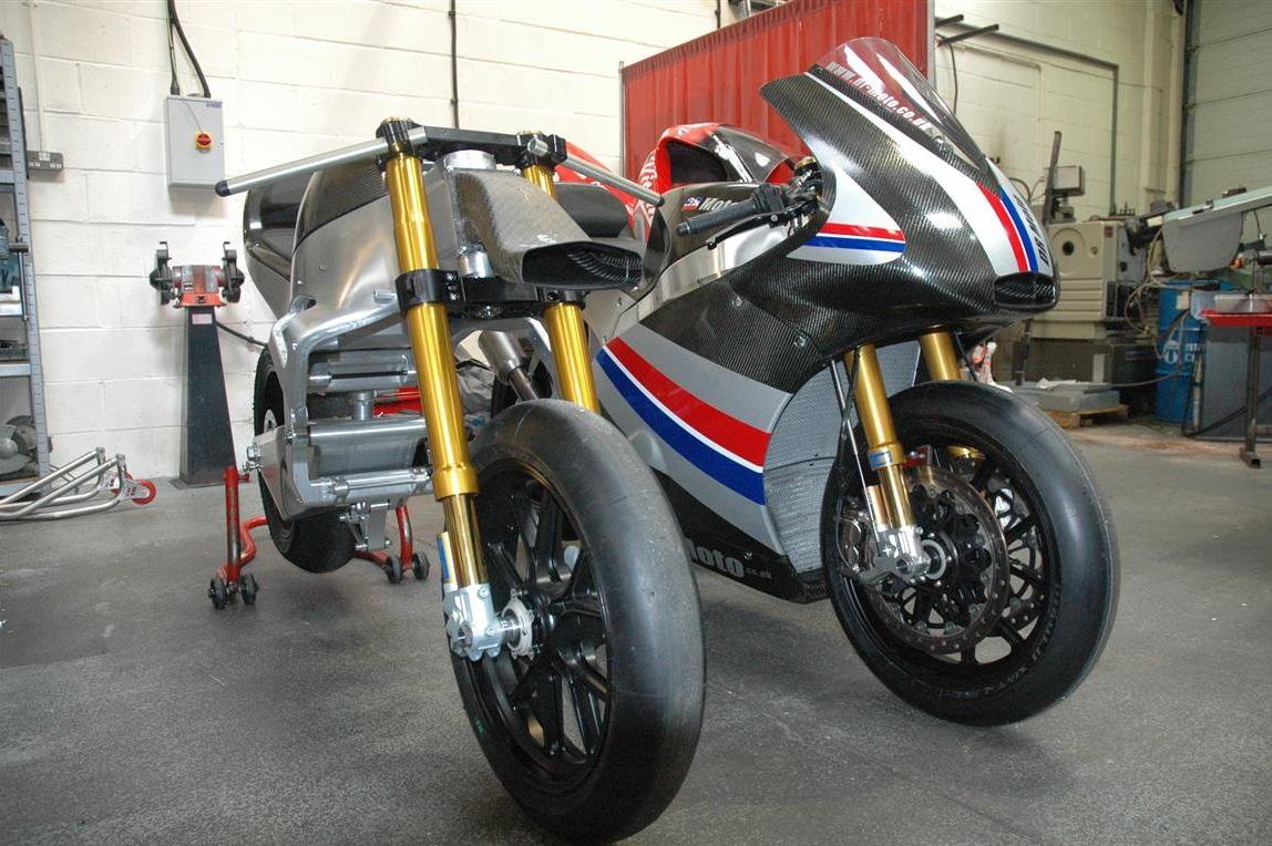 yamaha r1 motogp3