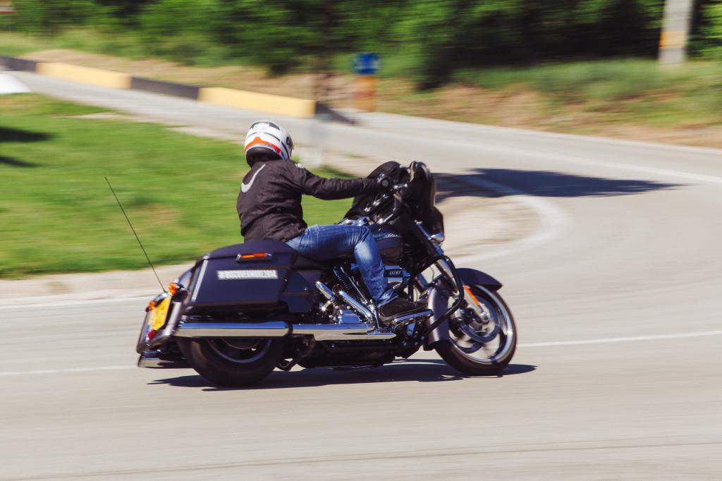 Harley a îmbunătățit sistemul de frânare. Foto: Jake Churchill