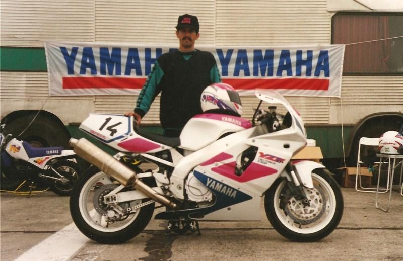 1995_SuperBike_Yamaha YZF750SP_Campion Național
