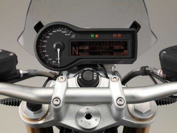 BMW R 1200 R bord