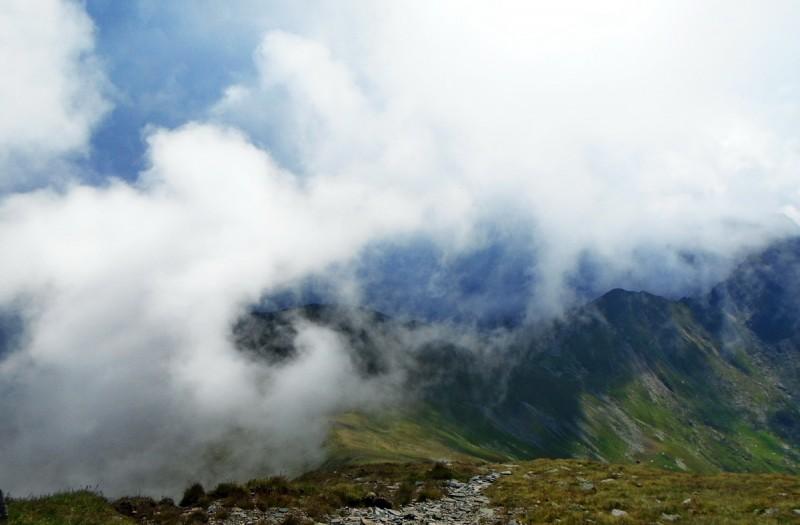 Vei fi cu capul în nori și la propriu
