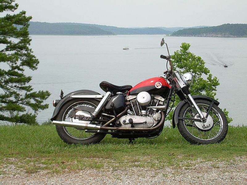 800px-1957_Harley-Davidson_XL_Sportster