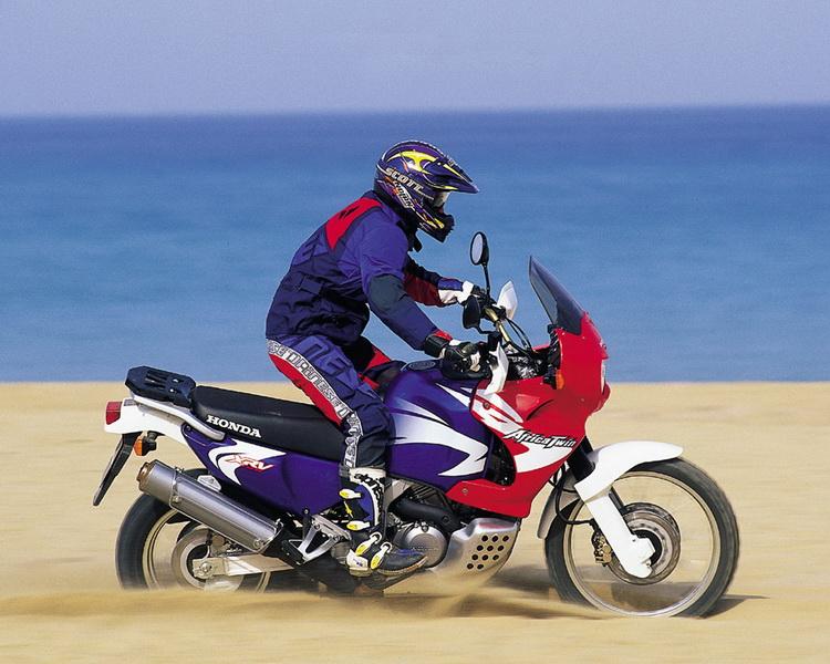 Honda AfricaTwin_resize