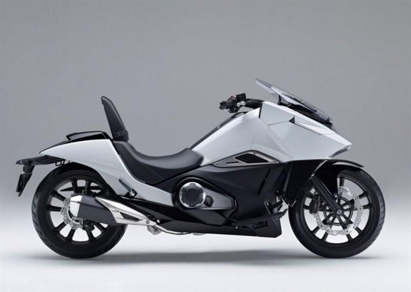 Honda-NM4-Vultus_5