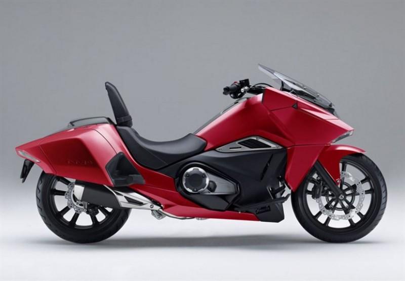 Honda-NM4-Vultus_6