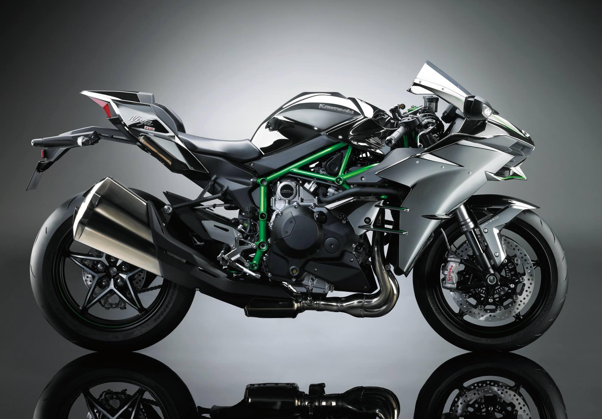 Kawasaki NinjaH22015 (3)