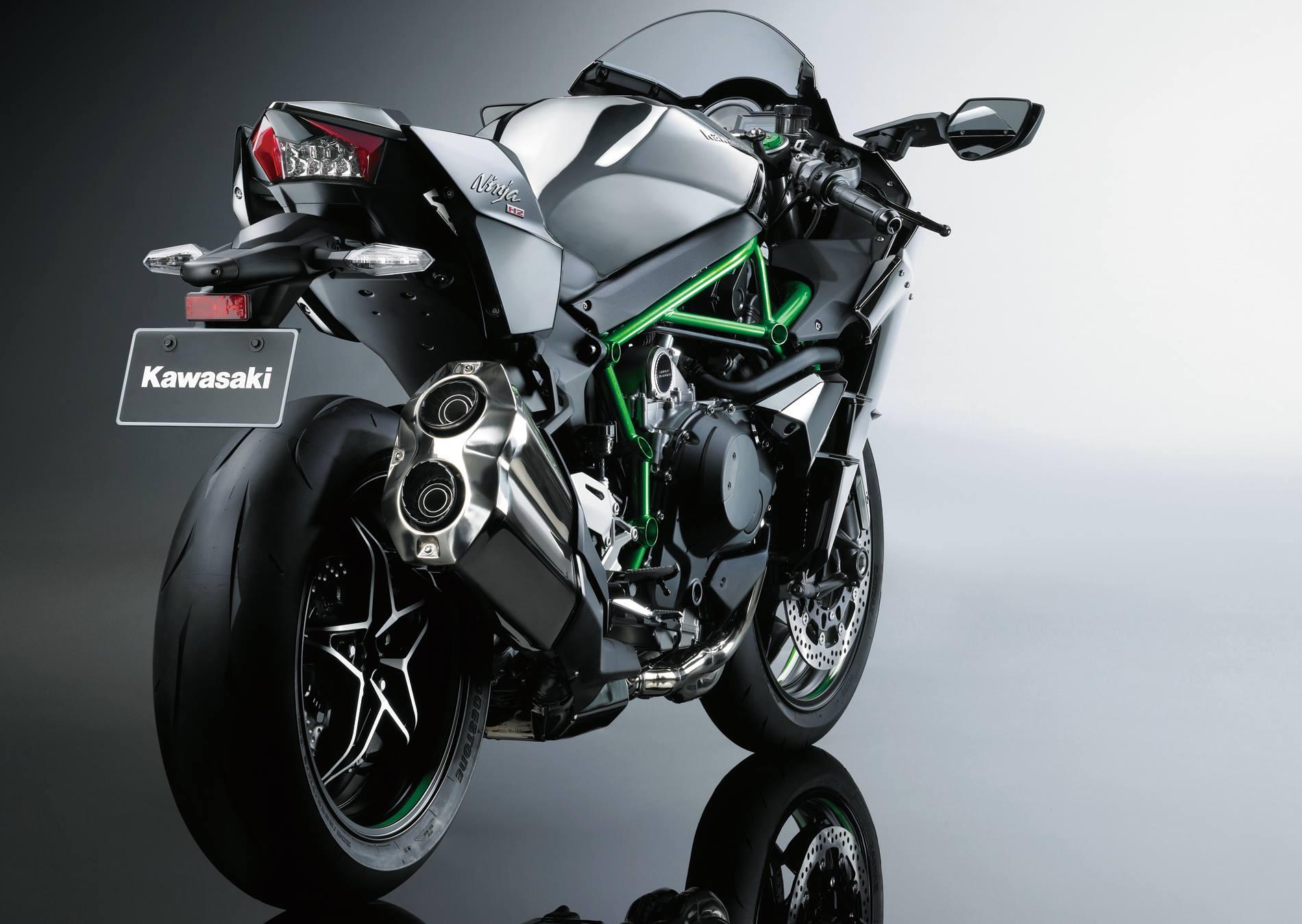 Kawasaki NinjaH22015 (7)