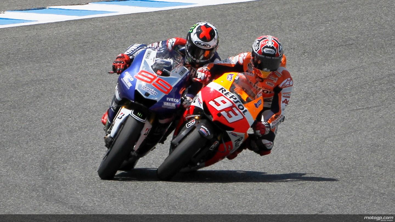 Marc-Marquez-vs-Jorge-Lorenzo-1