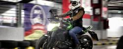 Școala Moto de Iarnă. Poligon moto in parcarea de la AFI Cotroceni
